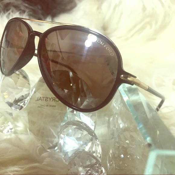 bbfe9d2b6174 Tom Ford Accessories - Tom Ford aviators Small. Great condition. Flawless